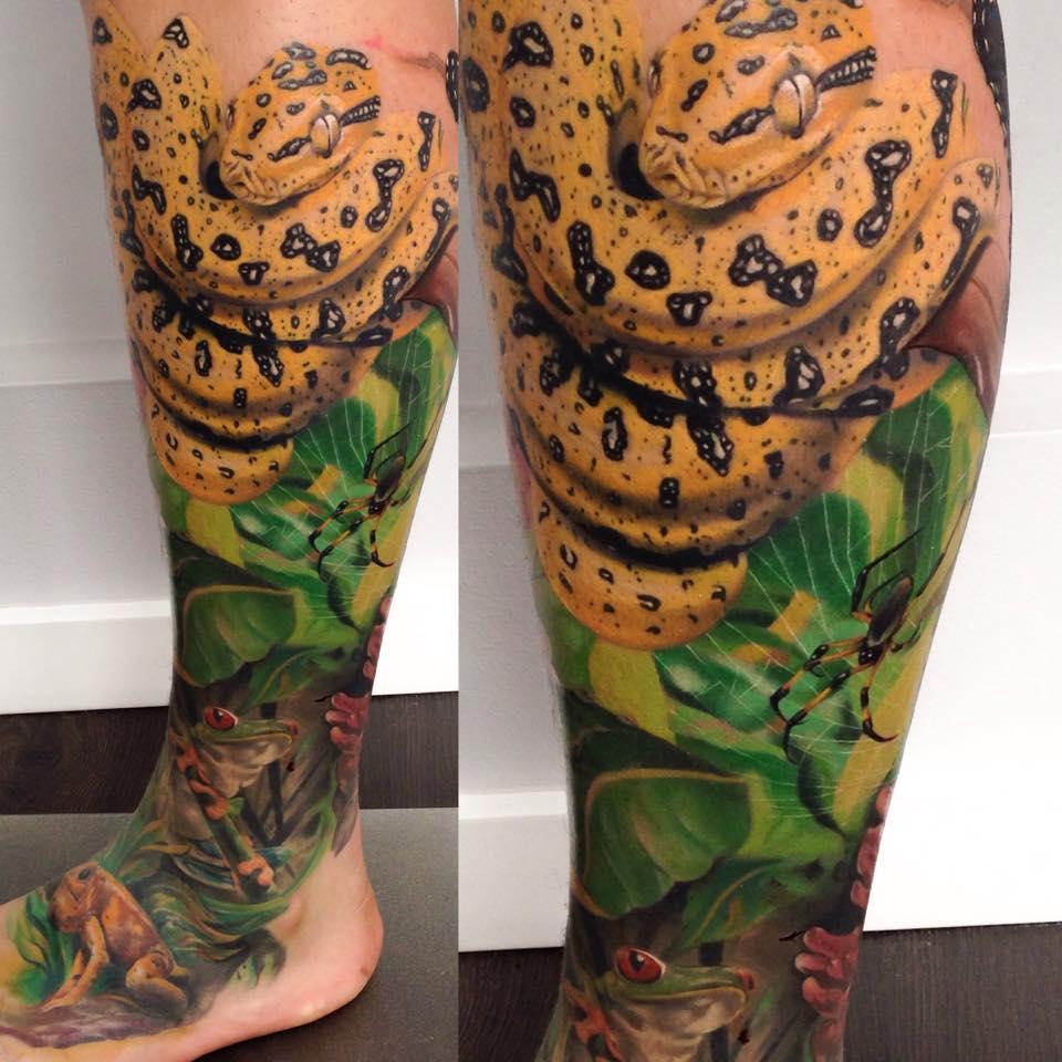 Tatuaje realista naturaleza