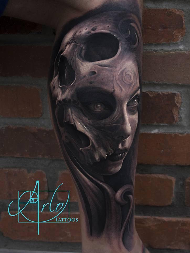 Tatuaje realista Fusion Calaveras Chica