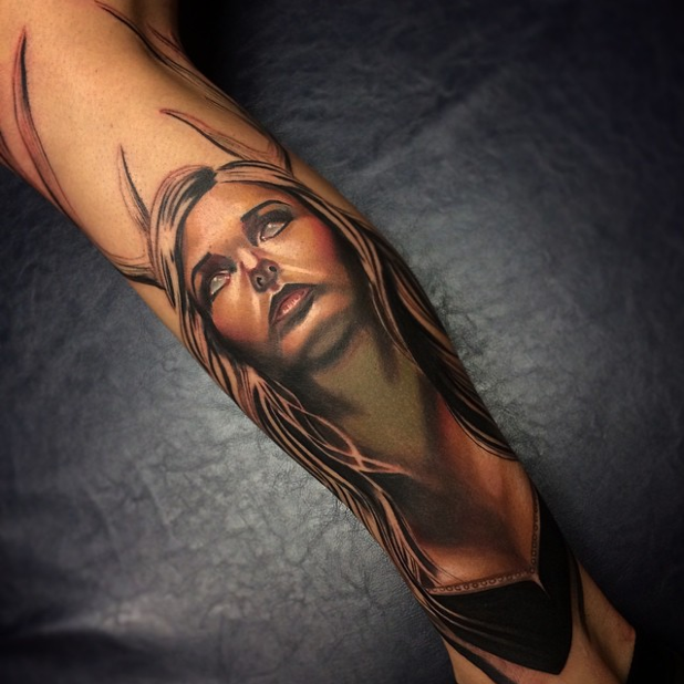 Tatuaje realismo chica
