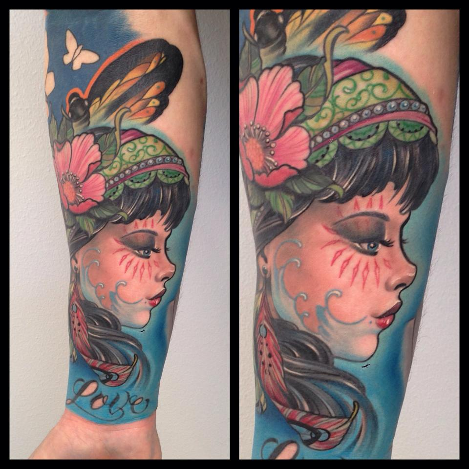 Tatuaje new school por christopher henriksen