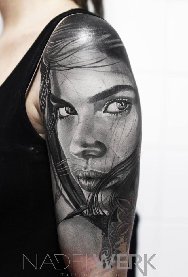 17 Tatuajes De Realismo Artistas Andrey Kolbasin Steel Of Doom
