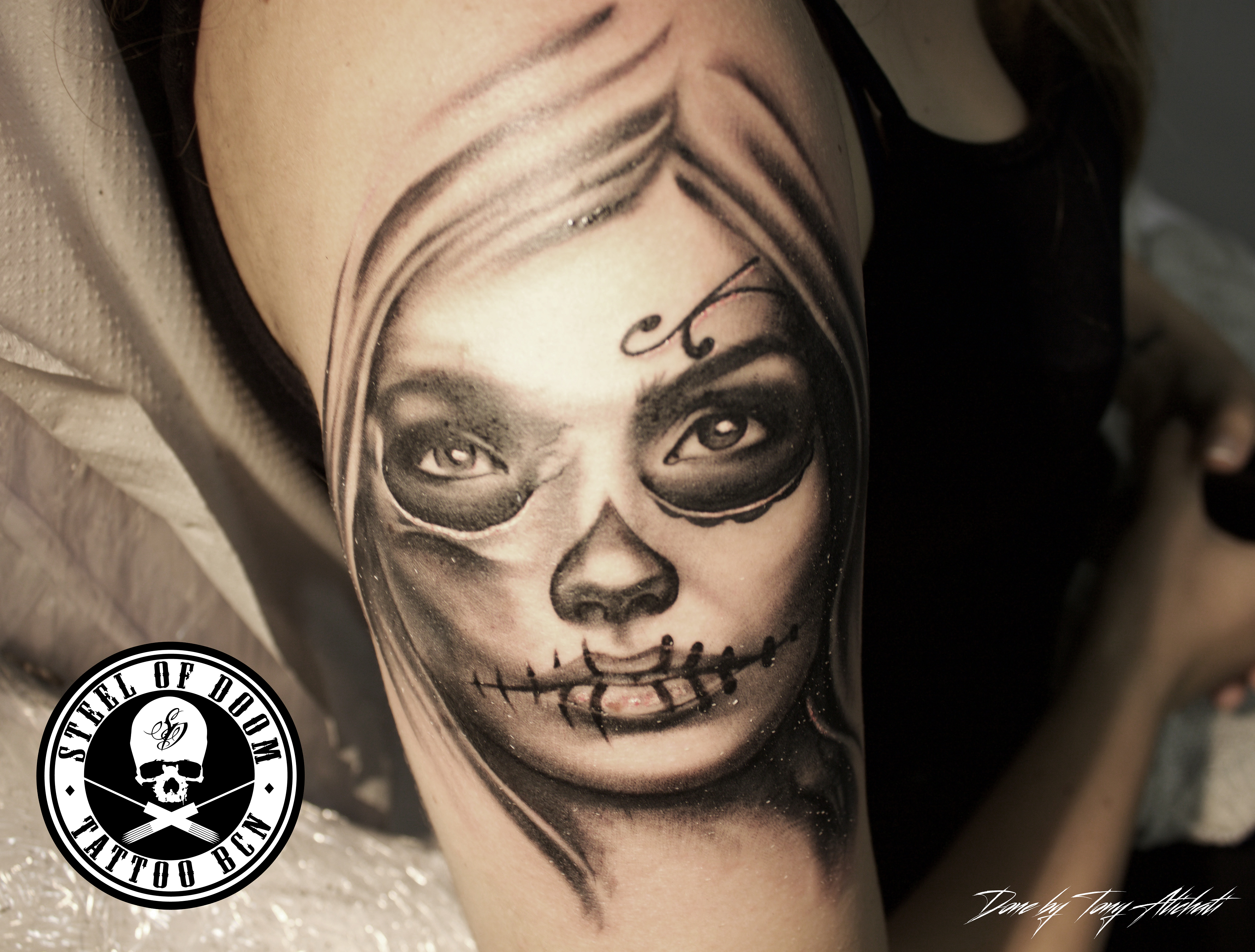 Tattoo De Realismo En Barcelona Steel Of Doom