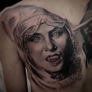 tatuaje realismo barcelona Tony Atichati