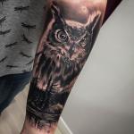 Buho realista tatuaje barcelona
