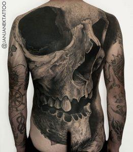 Tatuadores en Barcelona Jan Janek