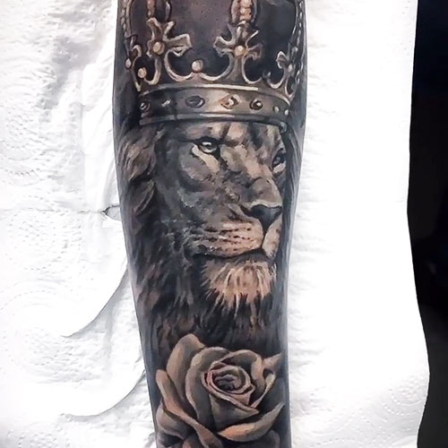 volkan-tattoo-steel-of-doom-tatuadores-barcelona